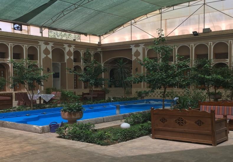 Mozzafar Hotel Yazd